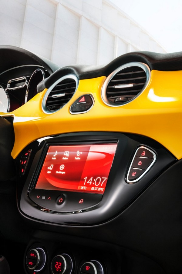 opel adam in