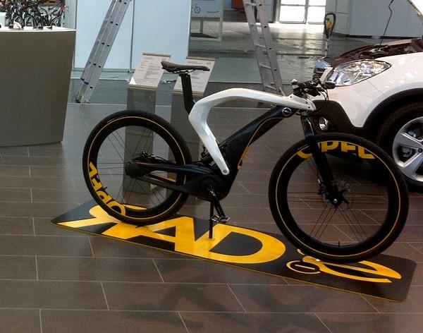 opel stellt das rad e auf der ispo bike in m nchen 2012. Black Bedroom Furniture Sets. Home Design Ideas