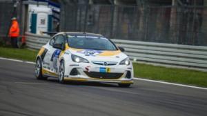 Opel_feiert_mit_seinen_Fans_Comeback_beim_Langstrecken_Klassiker_2_384x216